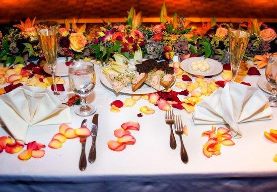 Walnut Creek, CA: Weddings Details