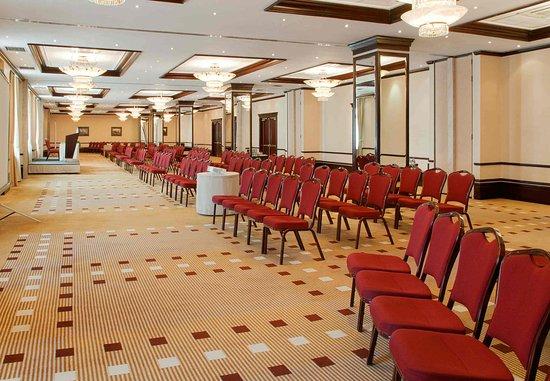 Moscow Marriott Grand Hotel: Grand Ballroom