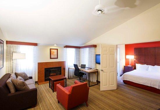 La Mirada, Kaliforniya: Two-Bedroom Suite