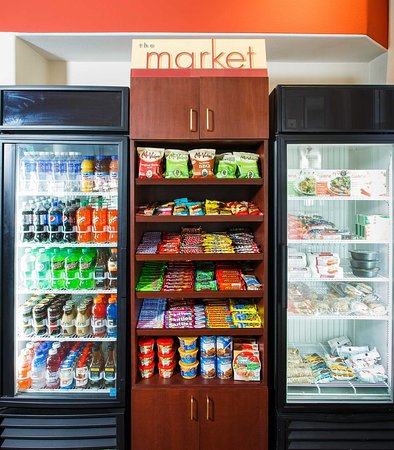 La Mirada, Kaliforniya: The Market