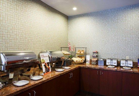 La Mirada, كاليفورنيا: Breakfast Buffet