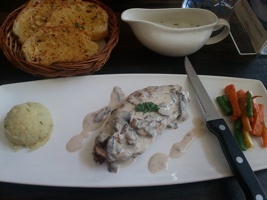 The Ugly Duckling: BBQ chicken with mushroom sauce and veges