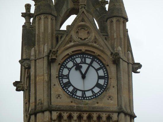 Surbiton, UK: L'orologio