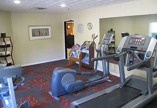Latham, NY: Fitness Center