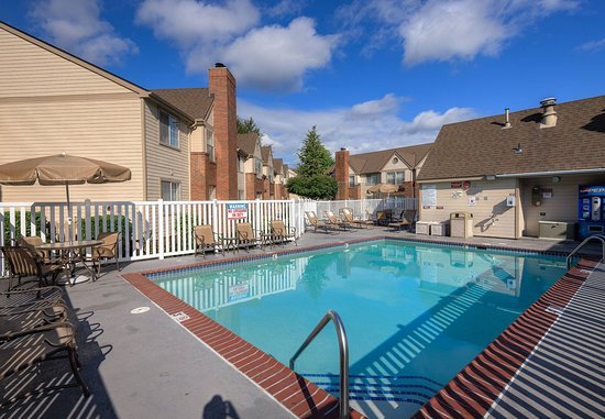 Bothell, WA: Outdoor Pool