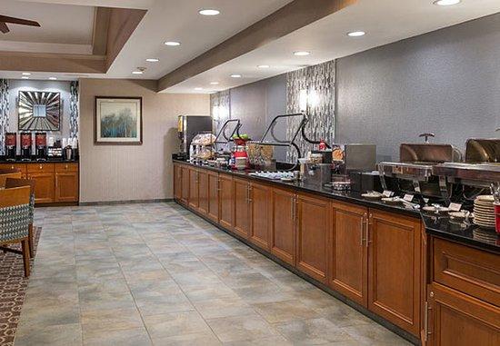 Franklin, MA: Breakfast Buffet