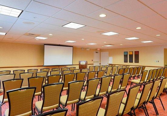 Residence Inn Frederick: Meeting Room – Theater Setup