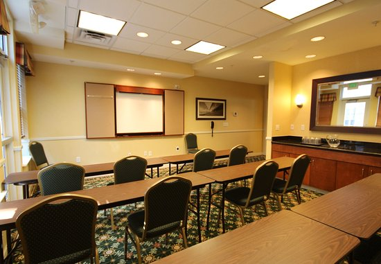 Salisbury, MD: Meeting Room – Classroom Setup