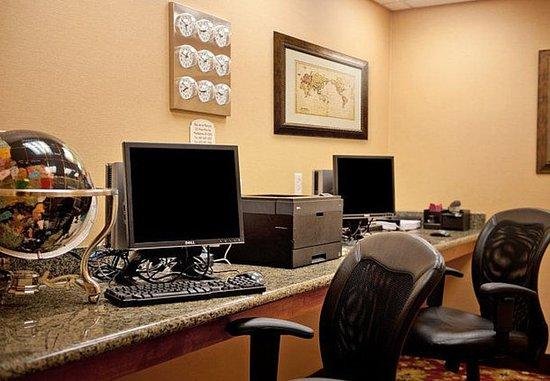 Middletown, RI: Business Center