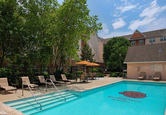 Rosemont, إلينوي: Outdoor Pool