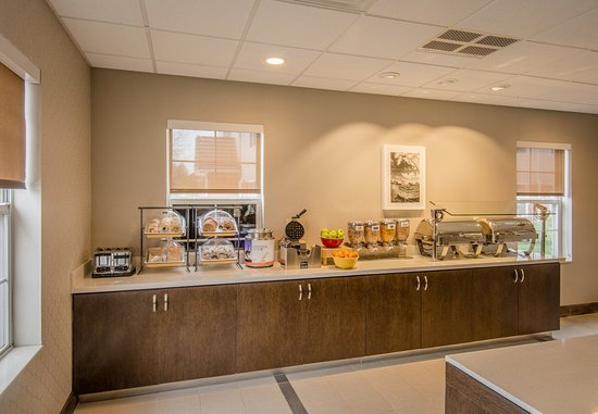 Lakewood, CO: Breakfast Buffet