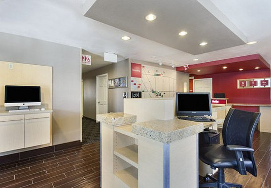 Layton, UT: Business Center