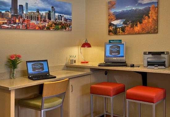Englewood, CO: Business Center