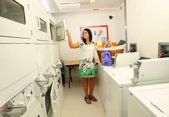Harahan, Luizjana: Guest Laundry Room