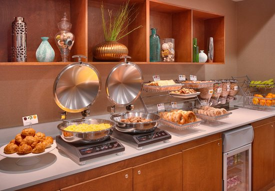 Arcadia, Californië: Breakfast Buffet - Hot Options