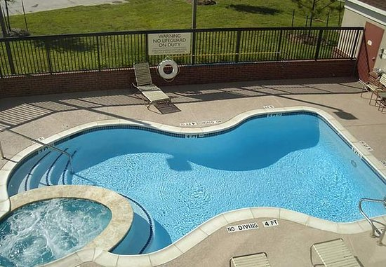 Katy, TX: Outdoor Pool