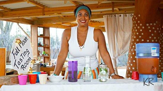 Kralendijk, Bonaire: JOIN ME EVERY MONTH FOR LUNARRIBA FULL MOON FESTIVAL