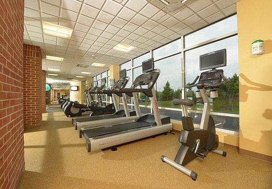 Hanover, MD: Fitness Center – Cardio Equipment