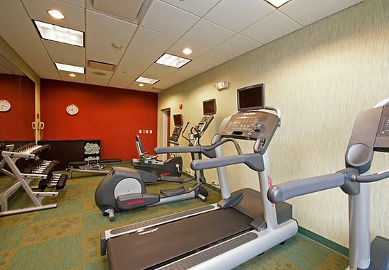 Warrenville, IL: Fitness Center