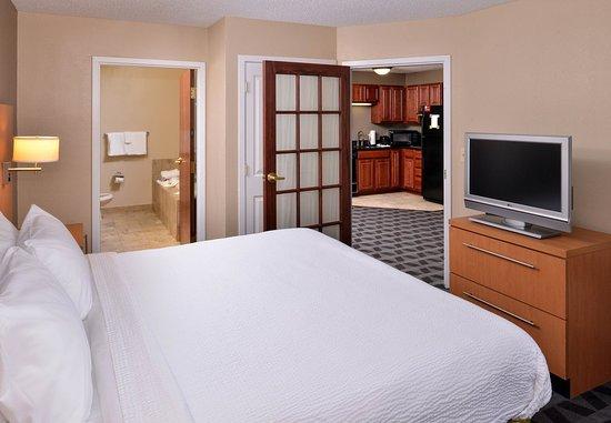 Γουόρεν, Μίσιγκαν: VIP Suite - Bedroom