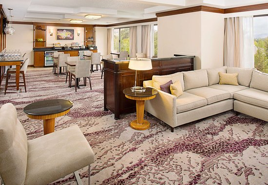Pleasanton, CA: Concierge Lounge