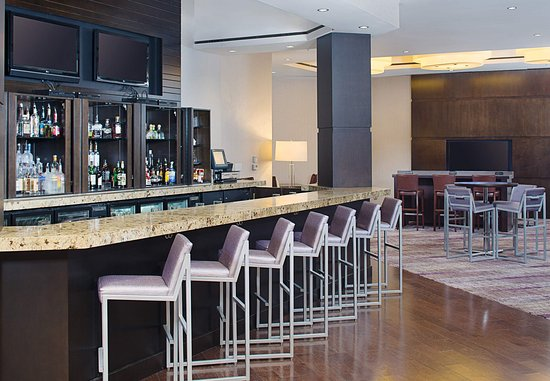 Pleasanton, CA: Lobby Bar