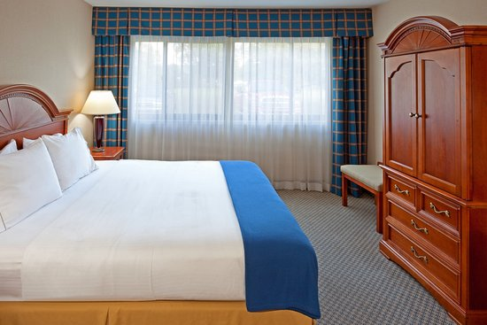 Horseheads, NY: King Bed Guest Room
