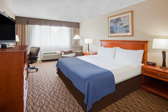 Holiday Inn Marquette: Single Bed Guest Room