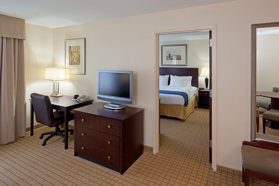 Rochester, NH : Executive Suite