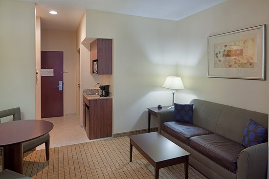 Rochester, Nueva Hampshire: Mini Suite equipped with Microwave and Refridgerator