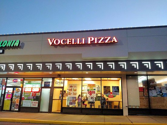 pizza delivery, pizza locations, pizza carry out, carry out, take out, pizza coupons, specials, delivery, coupons, menus.