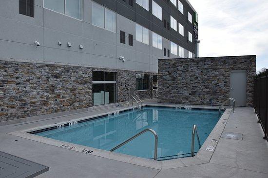 Johnstown, Pensilvanya: Seasonal Outdoor Pool