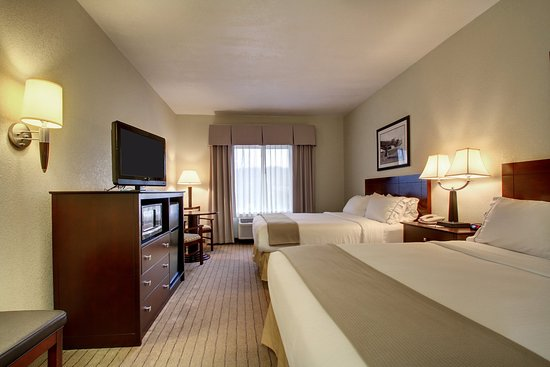 Hannibal, MO: Guest Room