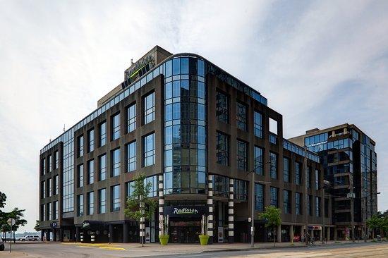 래디슨 호텔 애드미럴 토론토-하버프런트