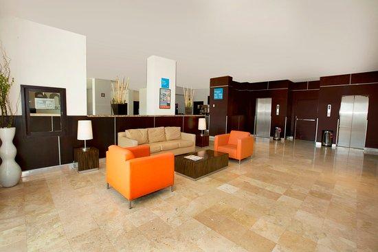 Apodaca, Mexico: Lobby