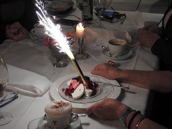 Ristorante Pizzeria Beppi: dessert for birthday