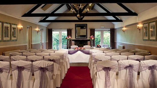 Касл-Донингтон, UK: Garden Suite Civil Ceremony