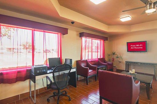 Childress, TX: Business Center