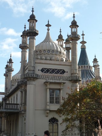 Royal Pavilion: Brighton Pavilion from garden
