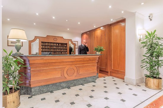 Hotel Luce : hall