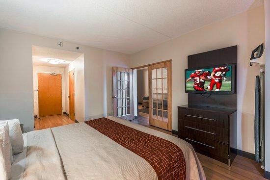 Red Roof PLUS+ Phoenix West: Suite