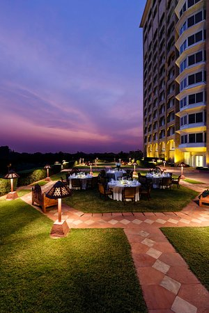 Taj mahal hotel 152 1 8 4 updated 2018 prices for Terrace 6 indore address