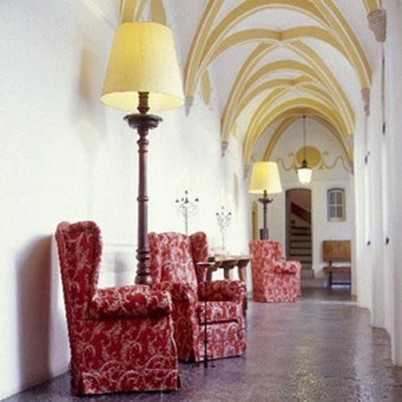 Pousada Convento de Evora: Evora Corridor