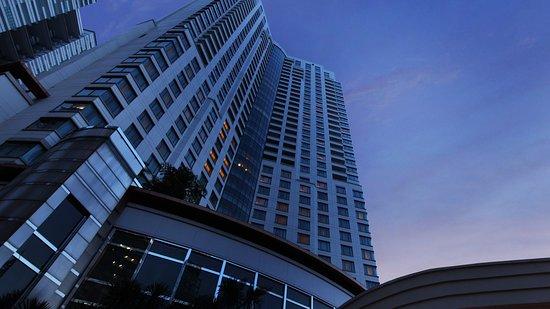 AYANA Midplaza JAKARTA: InterContinental Jakarta MidPlaza Hotel Exterior