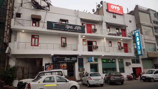 Window View - Picture of OYO 688 Hotel Ravin, New Delhi - Tripadvisor