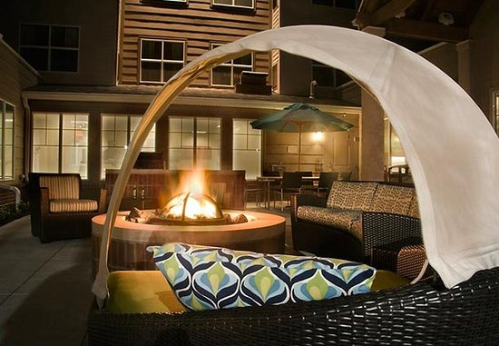 Maumee, OH: Fire Pit