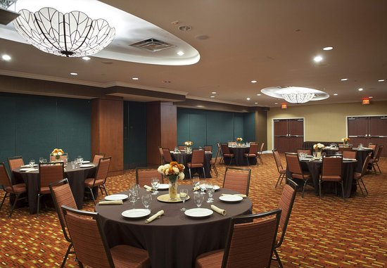 Orange Park, FL: Kingsley Ballroom – Banquet Setup