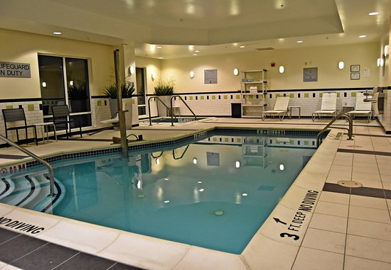 Carlisle, PA: Indoor Pool