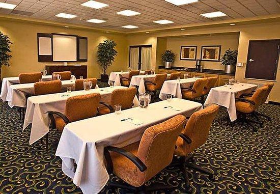 Ridgecrest, CA: China Lake Banquet Room