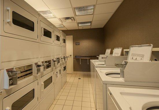West Greenwich, Rhode Island: Guest Laundry Facilities